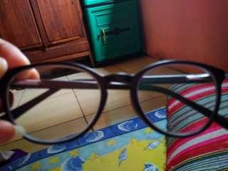 Kaca mata optik