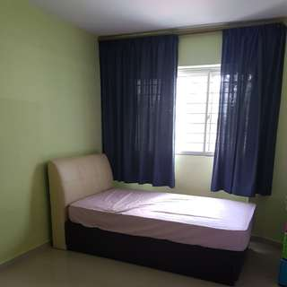 Common Room Rental Near Yishun MRT