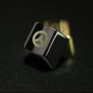 Overwatch Gold / Silver key cap