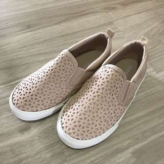 Brand new kid crochet old navy shoes