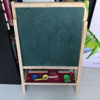 Easel whiteboard blackboard