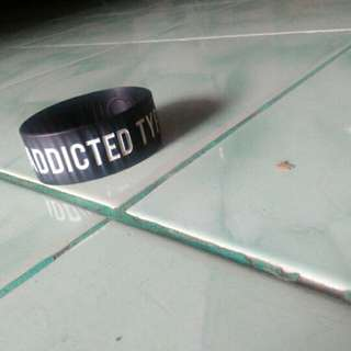 Gelang distro SUICIDE ANTHEM