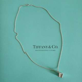 TlFFANY & Co. 羅馬數字墜項鍊