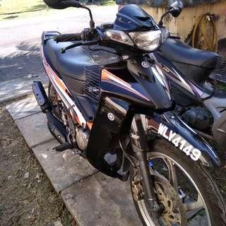 Yamaha 125z 2004