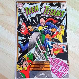 DC Comics Teen Titans 15  Silver Age Fine/ Very Fine Condition