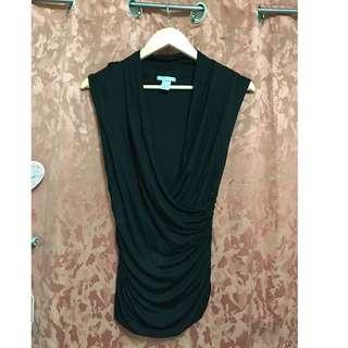 H & M Black sleeveless top