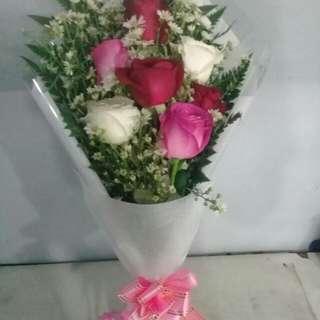 Handbuqet mawar/bunga eisuda/valentine