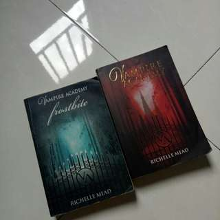 Vampire Academy + Frostbite by Richelle Mead
