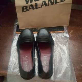 Easy Soft black shoes (Hillary)