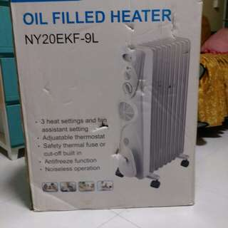 Oil Filled Heater.with box...look like new