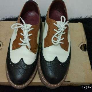 Dr. Martens Joyce shoes
