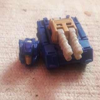 Transformer Titans return blue titan master with battle tank