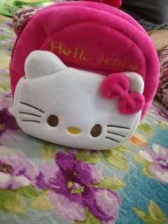 beg hello kitty