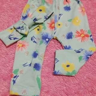 Leggings with Topknot Set