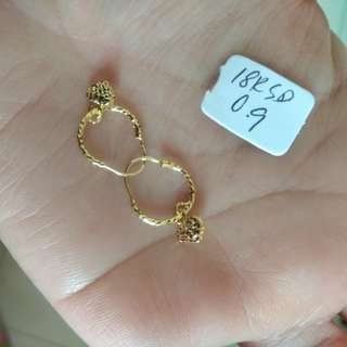 18k SD gold earing pawnable