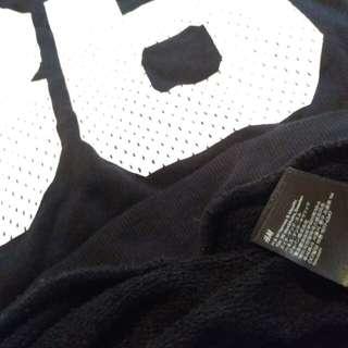 H&M Sweater Crewneck Jaket bekas