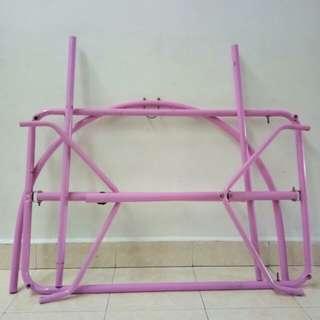 Buaian pink