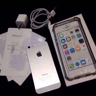 RUSH! iPhone 5s Silver 💕