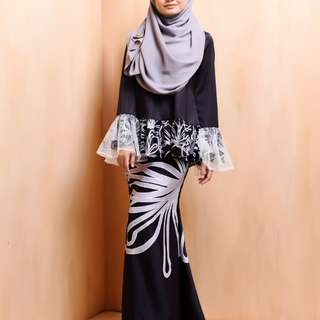 Bella Ammara Daleesa solid black size M