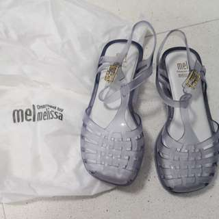 Brand new authentic Melissa Shoes girl size USA12