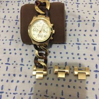 Michael Kors M4222 Chrono Gold