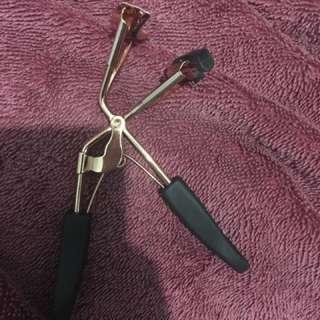Pini tools makeup