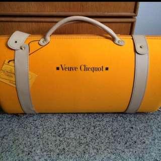 Veuve Clicquot carrier
