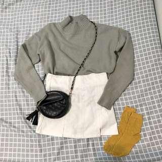白色小開叉褲裙