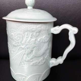 Porcelain Dragon Mug with Lid