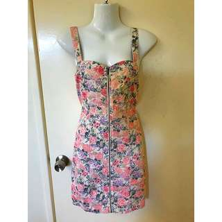 Floral Denim zipper dress size 10