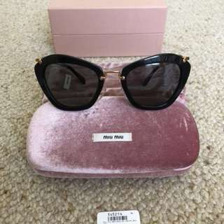 Miu Miu 10NS Noir black cat eye Sunglasses