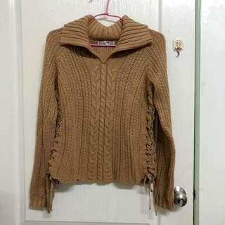 🚚 日本帶回 ZARA 大翻領慵懶隨性風 深卡其毛衣 側邊蝴蝶結