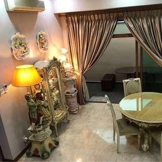 CHEAP & GOOD!! Reno Landed for Rent!! Near MRT!!