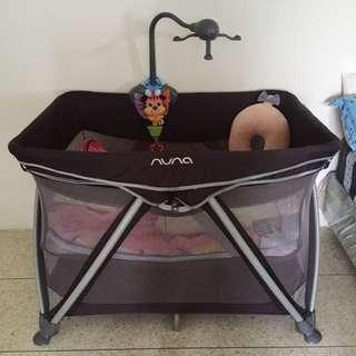 Nuna baby box