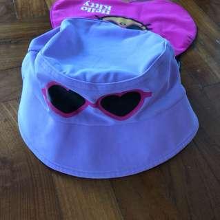 Arena Hello Kitty beach cap