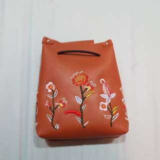 Floral Sling Bag in Brown