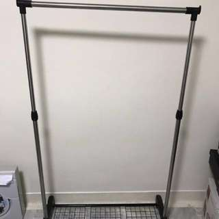 Cloth Hanger. Adjustable Height.