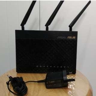 ⭐ Asus AC68U - 可用 Aimesh (Router)