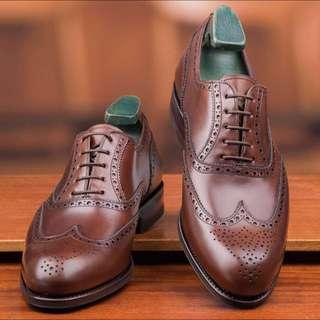 Carmina Shoes Classic Wingtip