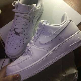 (USED ONCE!) Nike Air Force 1 '07