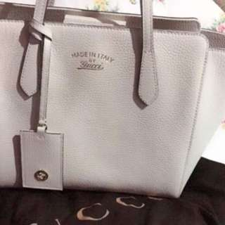 Gucci swing handbag