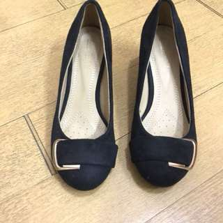 2 inch heel shoes for office