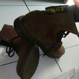 Sepatu kulit asli air walk