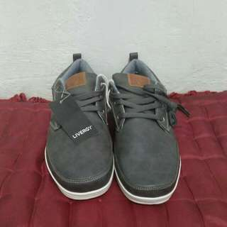 Livergy casual shoes size 45