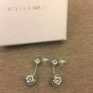 全新 Atelier Swarovaki earrings