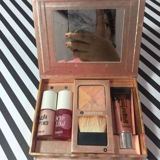 Benefit Makeup Set