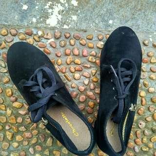 Ankle Boot Bludru Black 36 kecil