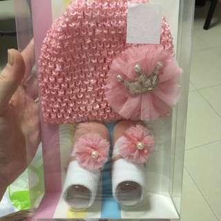 Baby Girl Hat & Socks (Princess Style)