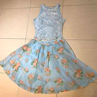 One set lace top and floral skirt