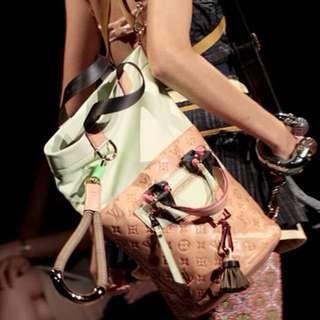 LV fashion show Limited